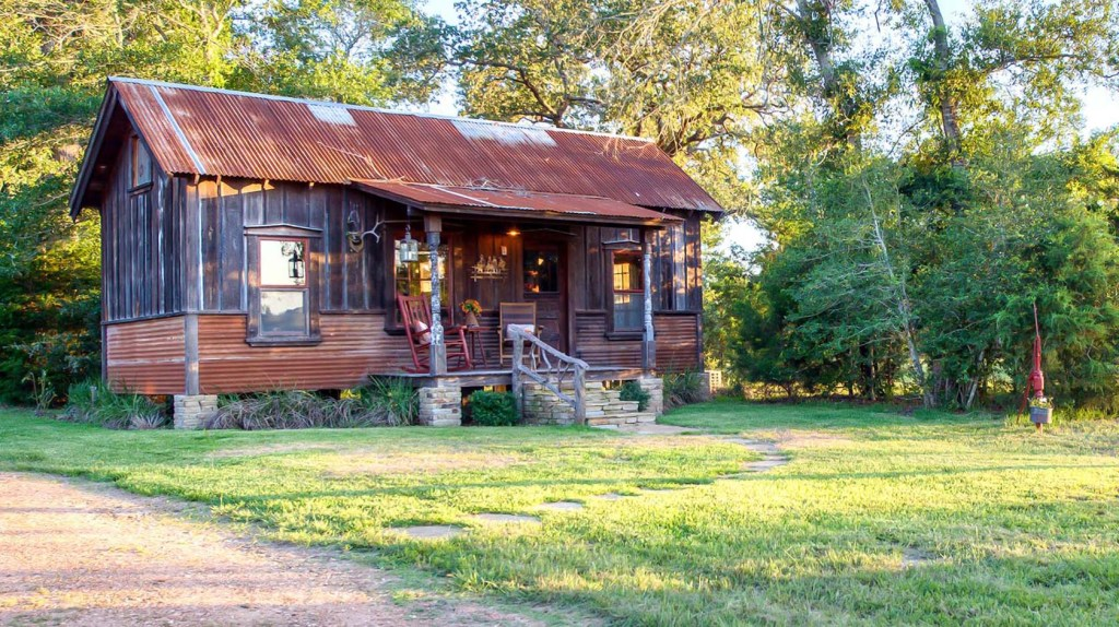 tiny houses for rent in texas