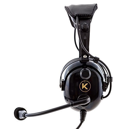 10 Best Aviation Headsets You Will Love