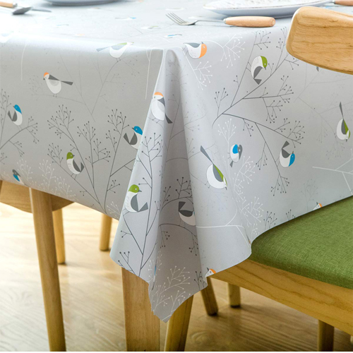Top 10 Best Plastic Tablecloths In 2021 Reviews 19