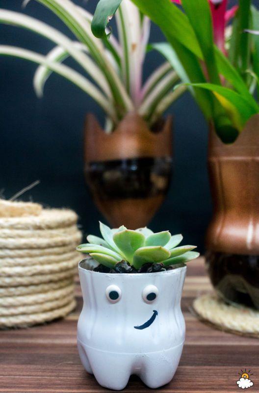 pot bunga dari botol bekas