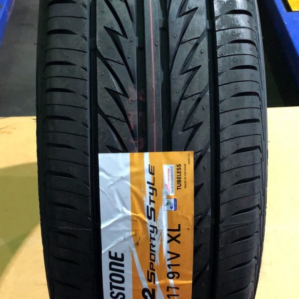 215-45-R17 91V Bridgestone Sporty
