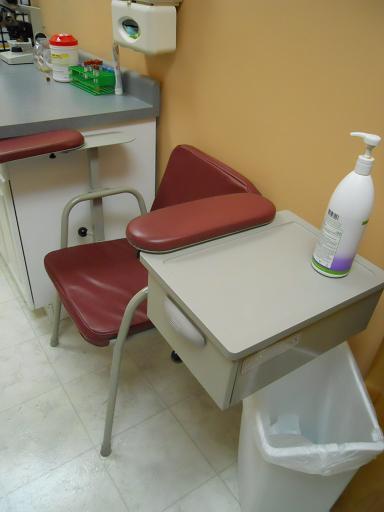 midmark-165-blood-draw-chair