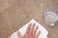How to Remove Carpet Stains With Liquids