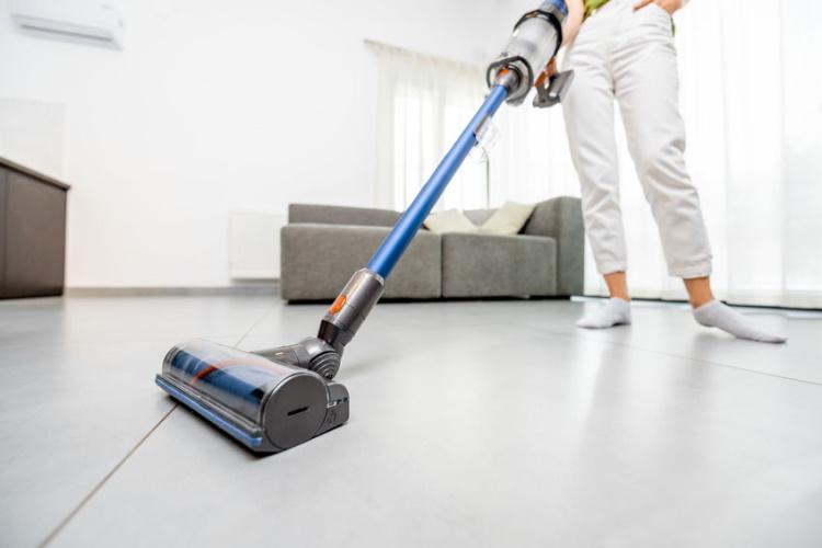 8 best vacuum cleaners for tile floors