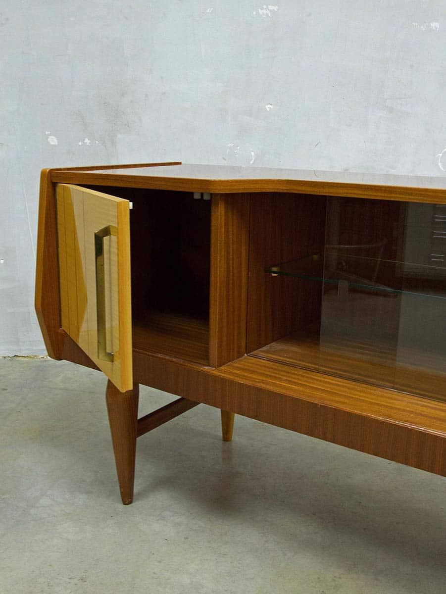 Danish dressoir wandkast tv kast jaren 50 Danish wall cabinet