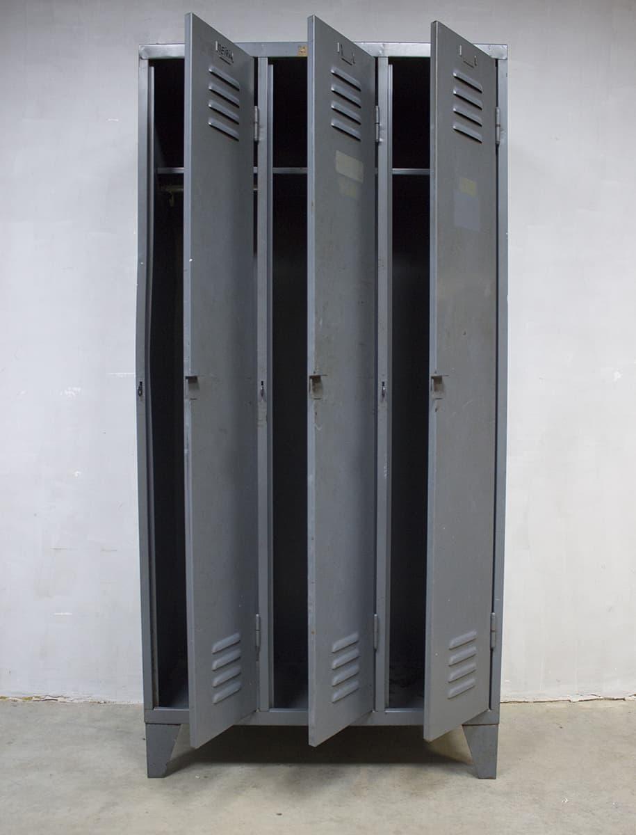 Industriele Lockerkast Kopen.Kluisjes Kast Woood Kluis Kast Schoenenrek Te Koop Vanaf 339 15