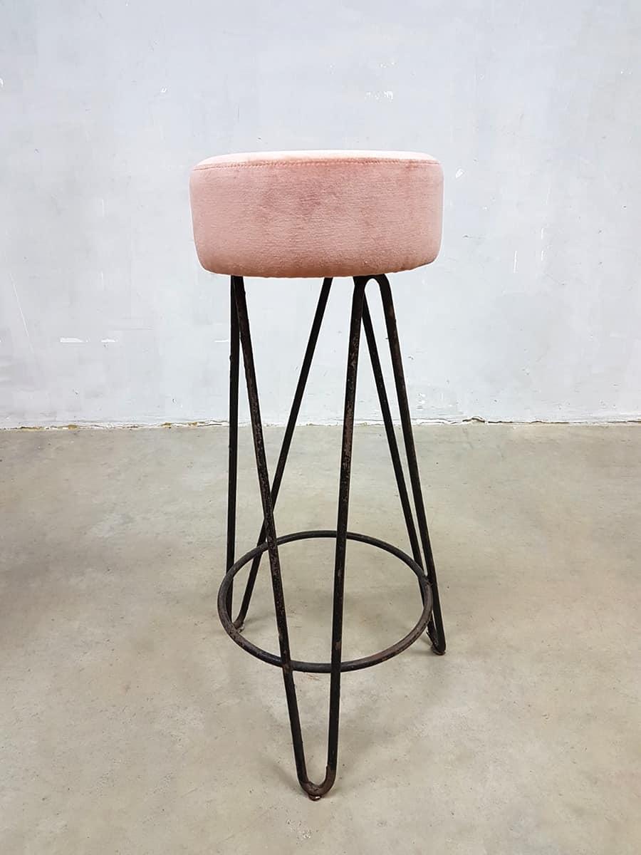 vintage pink velvet barstools Industrial velours