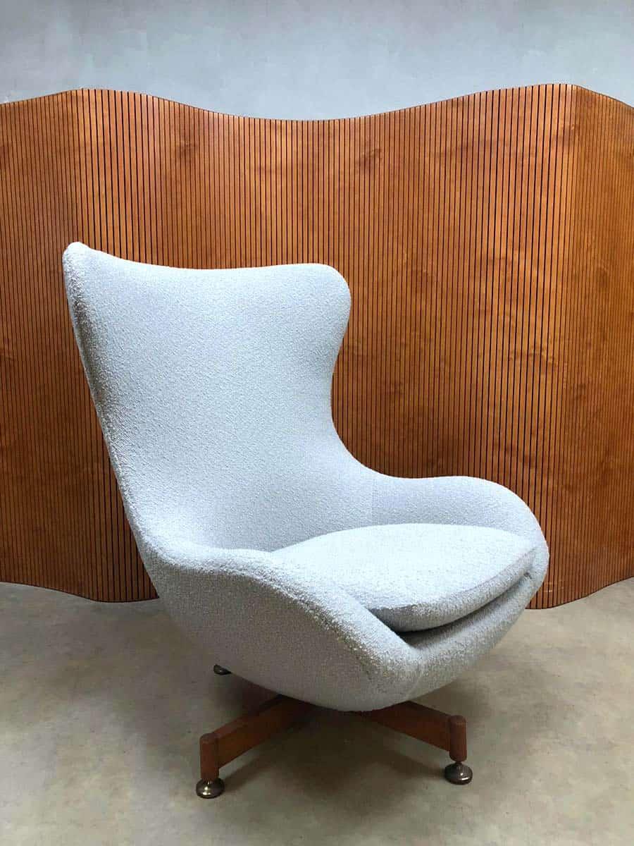 Vintage design Wingback chair Egg chair swivel chair