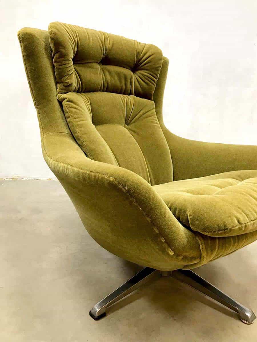 Vintage retro egg chair swivel wingback chair