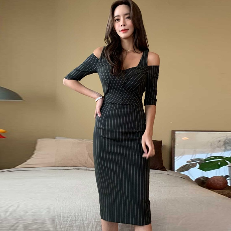 Womens Black Dress - Easy Ways to Get the Look