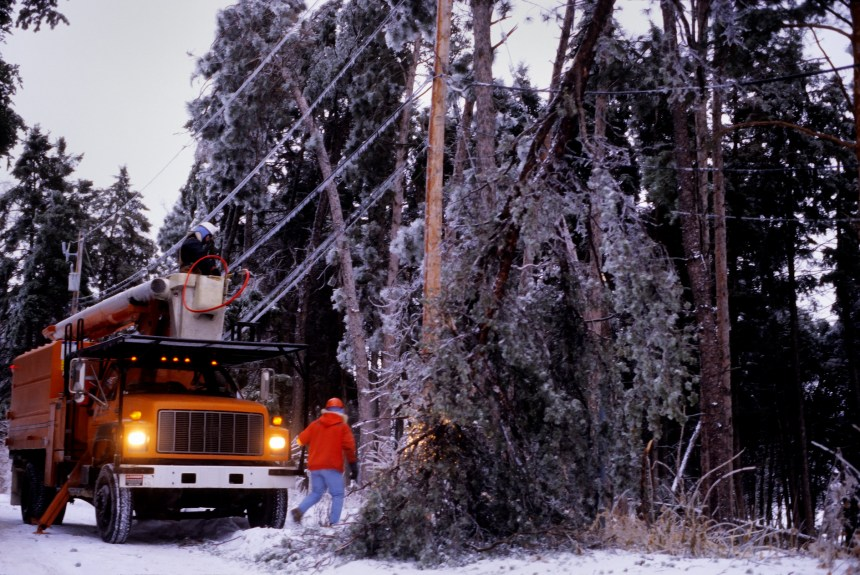 power company winter storm repairs