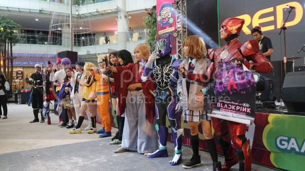 SORE HORE 3 - Cosplay Show
