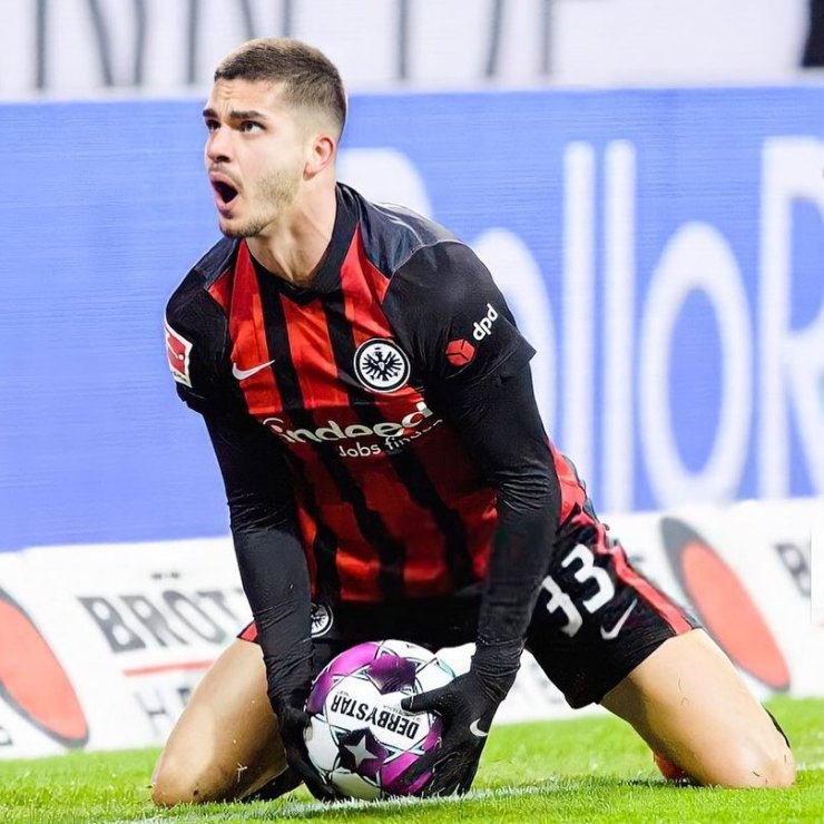 Only Lionel Messi and Lewandowski Have Contributed More Goals in 2021 Than Andre Silva