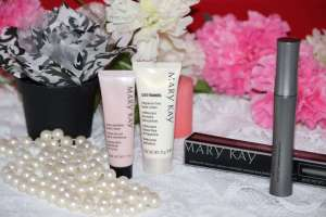 Beth and Beauty's mini Mary Kay Haul