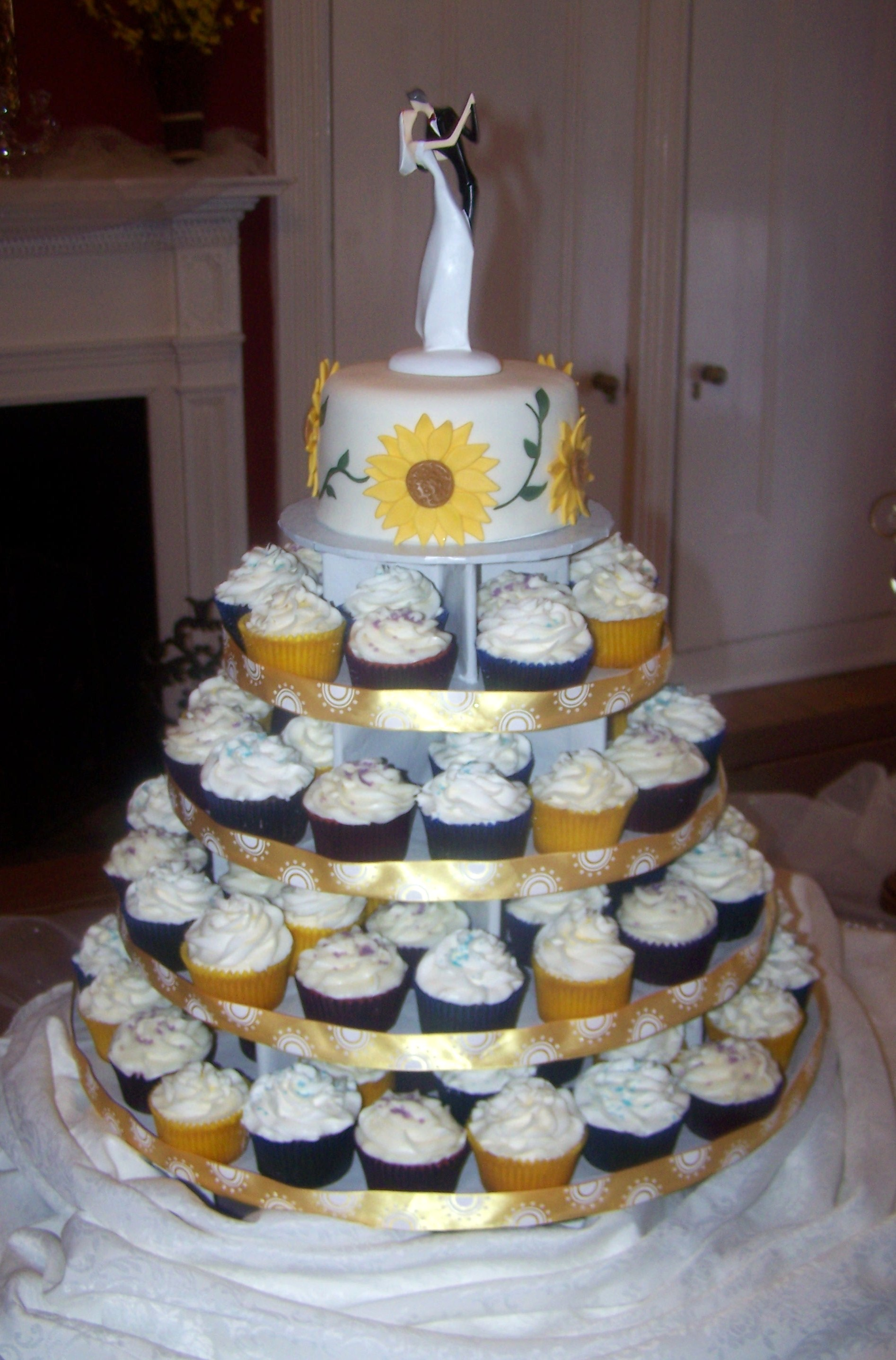 Wedding Cakes  Grooms Cakes  Beth Anns  Page 3