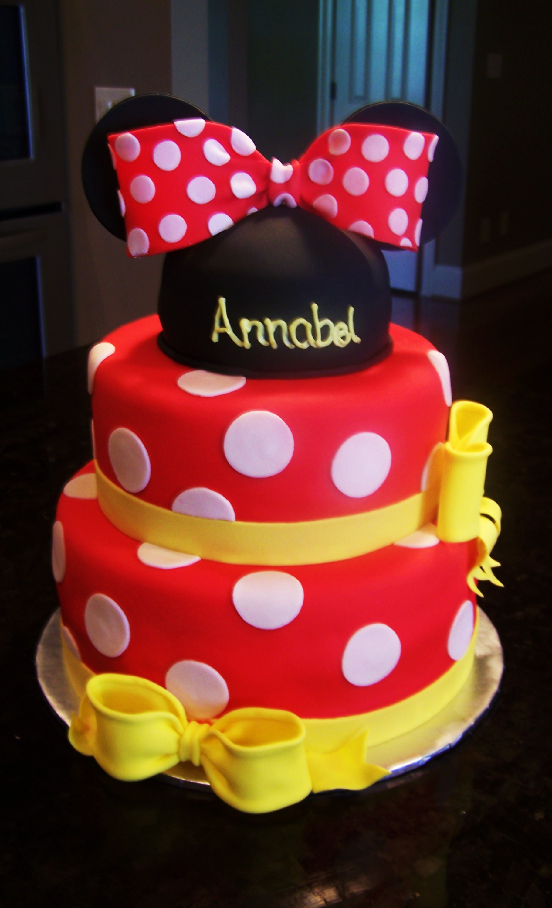 Minnie Red Cake Cake Ideas And Designs