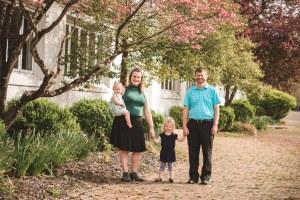 Healthy Heart Vibes Family | a motherhood wellness community | bethbackes.com