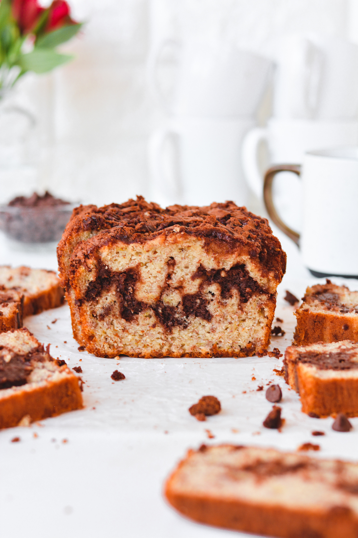 Brownie Swirled Banana Bread - bethcakes.com