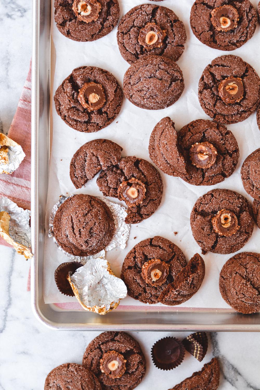chocolate hazelnut cookies - bethcakes.com