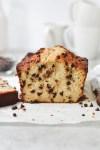 chocolate chip banana bread - bethcakes.com