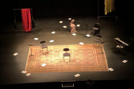 Why escenario foto Elizabeth Firmino
