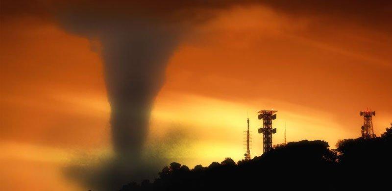 social media & tornadoes