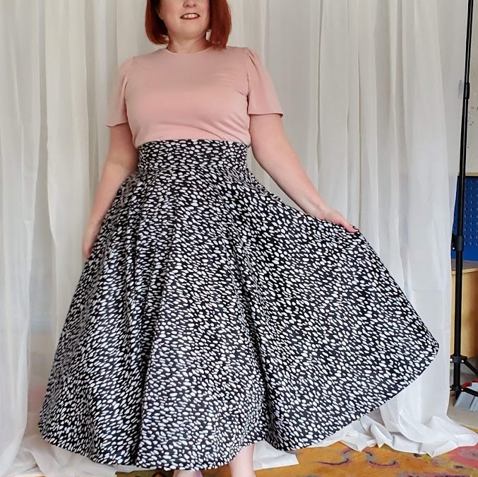 full circle skirt and tshit