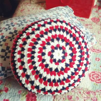Round cushion for Ben