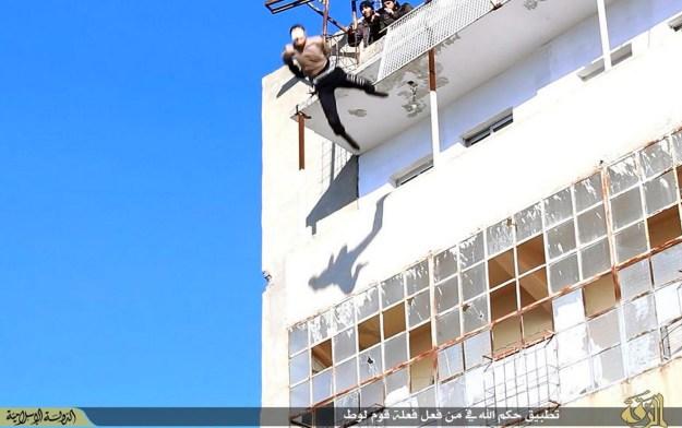 estado-islamico_atira_jovem_gay3