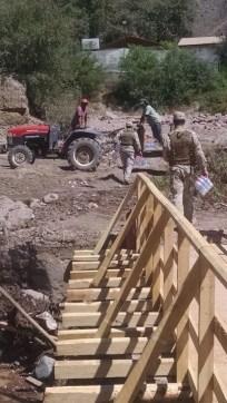 EC_-Exercito-chileno-trabalha-na-zona-do-desastre-no-Atacama_0606042015
