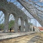Hamar. Ruinen av den medeltida domkyrkan, ett norskt nationalmonument, är omsluten av ett stort glastak ritat av arkitekterna Lund & Slaatto. Foto: Anita Stenler