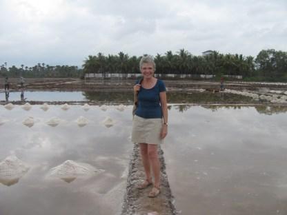 Woman not working in the salt fields!