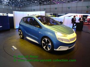 Magna Steyr MIla Blue Concept 2014 001h
