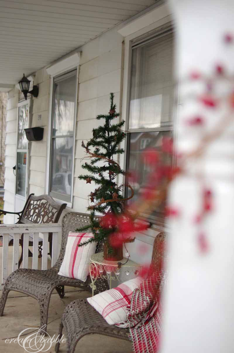 decorating a front porch for christmas diy x mas decoration better after 50. Black Bedroom Furniture Sets. Home Design Ideas