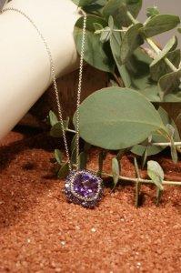 the loft necklace