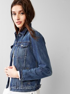 Dressing Mom In The Perfect Jean Jacket | Better After 50
