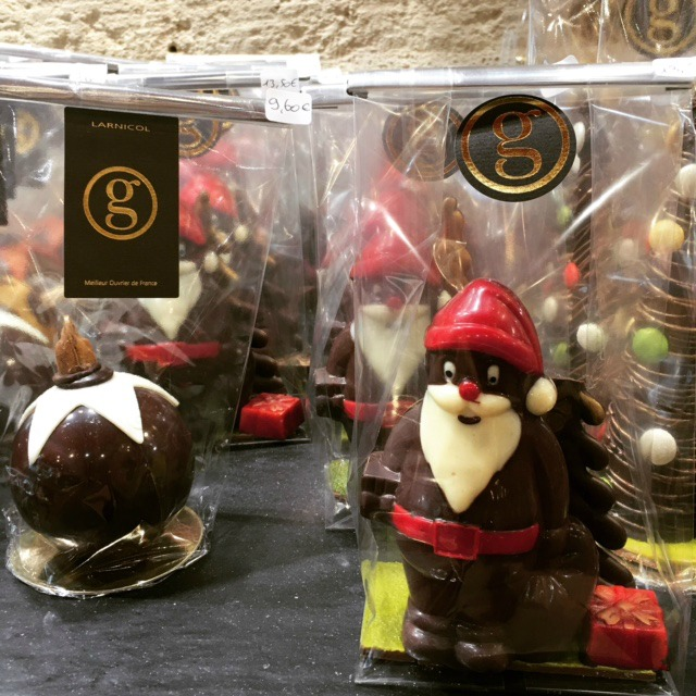 Chocolate ornaments from Maison Larnicol