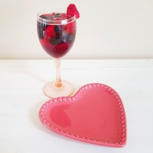 Valentine's Cocktails – Berry Wine Spritzer