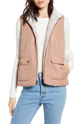 Thread and Supply Wubby Reversible Fleece Quilted Vest $19.97