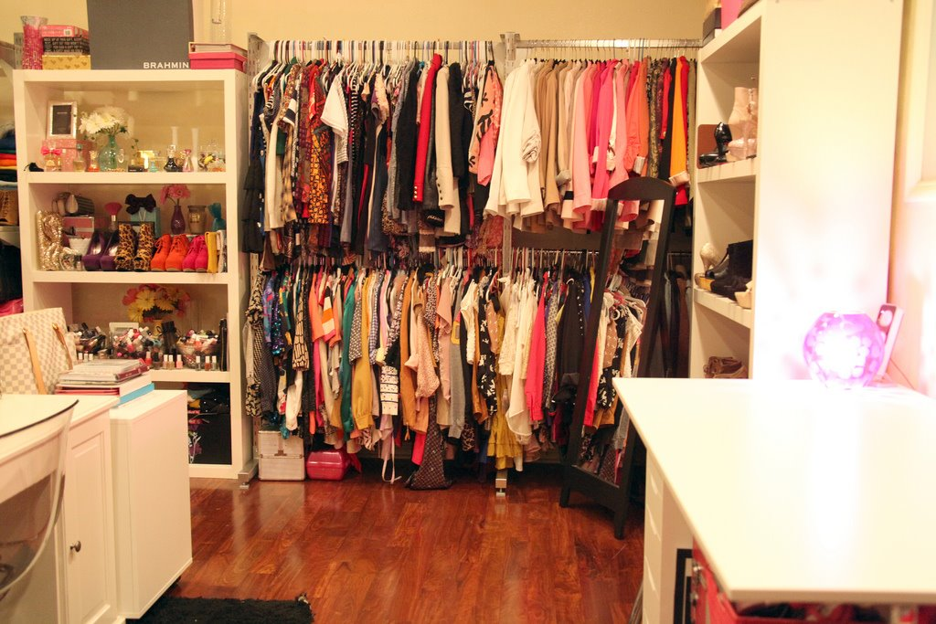 A Dream Girls Closet and Office in One