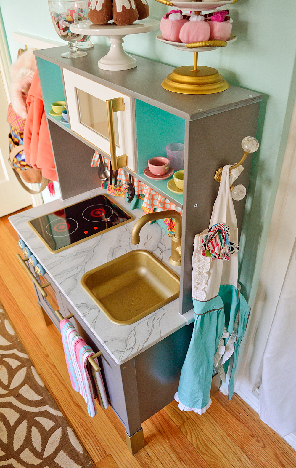 Top 10 Furniture Hacks  Easy Makeover Projects for the