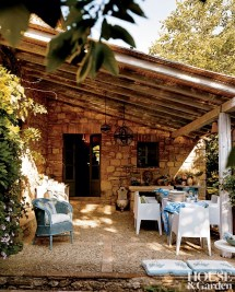 Rustic Tuscan Outdoor Space