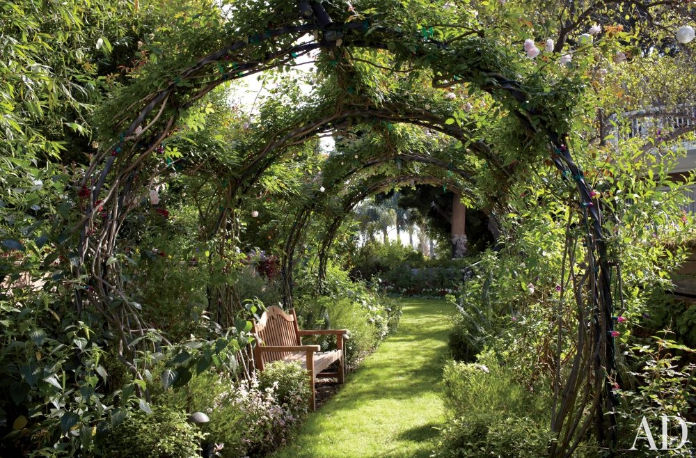 How Build Garden Tunnel