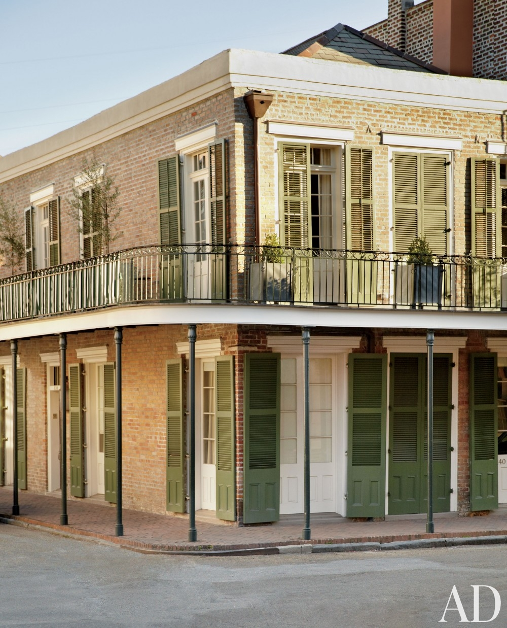 New Orleans Home Tour A 1840's Home With Impeccable Style