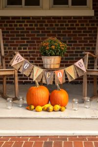 3 Stylish Outdoor Fall Parties to Throw Before December ...