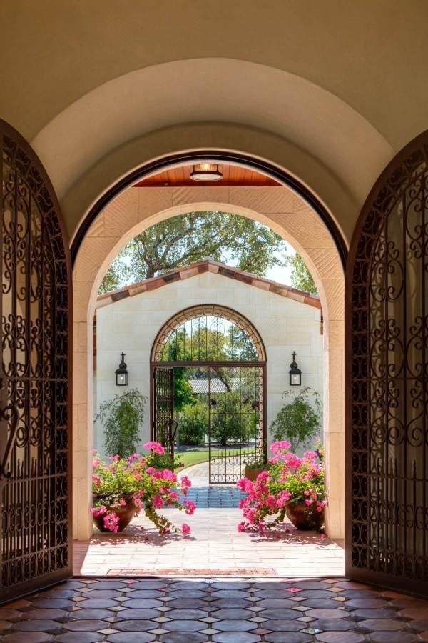 Important Factors Choosing Gates