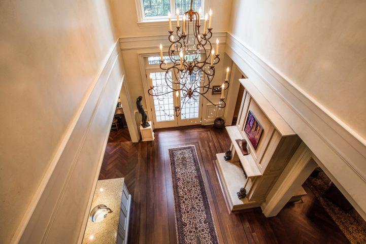 31 Knightswood Road - Family Room Hallway