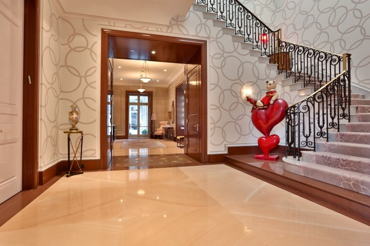 10 High Point Road - Main Staircase