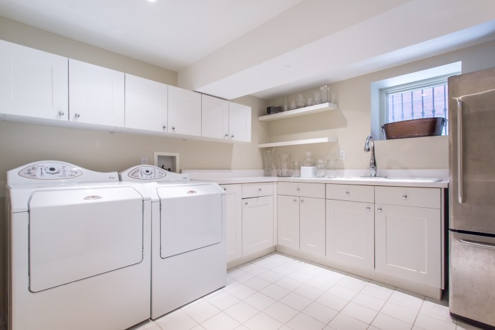 123 Bedford Road - Laundry Room