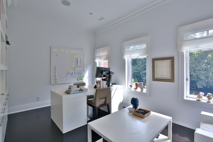 157 South Drive - Office